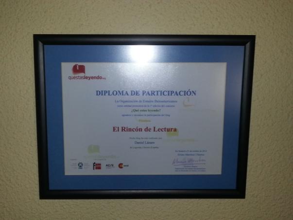 Diploma que conseguimos en el concurso Questasleyendo de los estado iberoamericanos y entregado por Trinidad Nogales (Consejera de Educación en Extremadura) y Cesar Díez